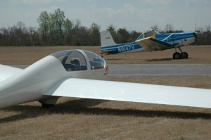 glide-glider_and_tow_plane_01